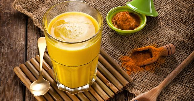 golden-milk-bicchiere.jpg
